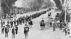 Photo of parade in downtown Phoenix in 1884