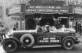 Photo of Mae West in front of Orpheum Theatre in 1929